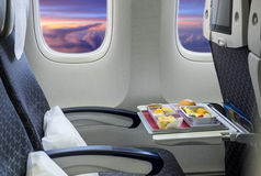 Άδειες θέσεις σε ένα σύγχρονο αεροπλάνο Στοκ φωτογραφίες με δικαίωμα ελεύθερης χρήσης