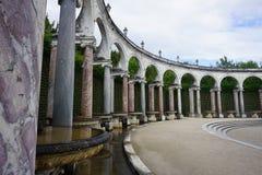 Άλσος κιονοστοιχιών στους κήπους των Βερσαλλιών Στοκ Εικόνες