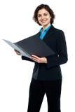 Έγγραφα επιχείρησης αναθεώρησης επιχειρηματιών στοκ φωτογραφία