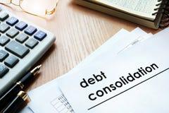 Έγγραφα με τη σταθεροποίηση χρέους τίτλου στοκ εικόνες με δικαίωμα ελεύθερης χρήσης