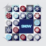 Έγγραφο αποθεμάτων που κόβεται με το σχέδιο christms μπλε snowflakes ανασκόπησης άσπρος χειμώνας Στοκ φωτογραφία με δικαίωμα ελεύθερης χρήσης