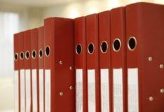 έγγραφο γραφείων γραμματοθηκών εξαρτημάτων κάτω Στοκ Φωτογραφία