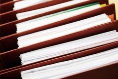 έγγραφο γραφείων γραμματοθηκών εξαρτημάτων κάτω Στοκ Εικόνες