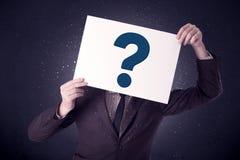 Έγγραφο εκμετάλλευσης επιχειρηματιών με τα ερωτηματικά Στοκ φωτογραφία με δικαίωμα ελεύθερης χρήσης