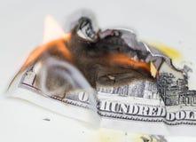Έγκαυμα 100 Δολ ΗΠΑ Στοκ εικόνα με δικαίωμα ελεύθερης χρήσης