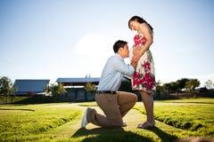 Έγκυο ζεύγος στοκ φωτογραφία με δικαίωμα ελεύθερης χρήσης