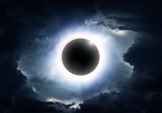 Έκλειψη στα σύννεφα στοκ φωτογραφία με δικαίωμα ελεύθερης χρήσης
