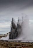 Έκρηξη λιμνών λάσπης Στοκ εικόνα με δικαίωμα ελεύθερης χρήσης