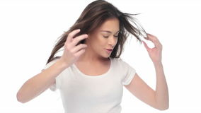 Έκφραση γυναικών ομορφιάς στο άσπρο 4k βίντεο απόθεμα βίντεο
