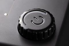 Έλεγχος δύναμης, μαύρες ηλεκτρονικές συσκευές κουμπιών διακοπτόμενα στοκ φωτογραφία