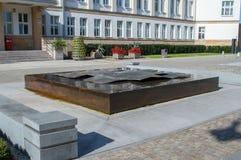 Έλξη νερού στο τετράγωνο θεάτρων, μπροστά από το γραφείο Marshal του kujawsko-Pomorskie Voivodeship Στοκ φωτογραφία με δικαίωμα ελεύθερης χρήσης