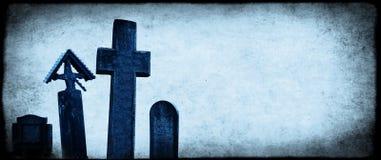Έμβλημα αποκριών με την παλαιά σύσταση εγγράφου και το μεσαιωνικό σταυρό πετρών Στοκ Εικόνες