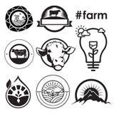 Έμβλημα λογότυπων έννοιας αγροτικών σπιτιών Στοκ Φωτογραφίες