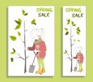 Έμβλημα πώλησης άνοιξη με το χαριτωμένο κορίτσι Στοκ Εικόνες