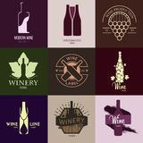 Έμπνευση λογότυπων για τα καταστήματα, επιχειρήσεις, που διαφημίζουν με το κρασί απεικόνιση αποθεμάτων
