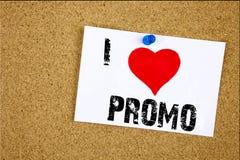 Έμπνευση τίτλων κειμένων γραψίματος χεριών που παρουσιάζει έννοια Promo αγάπης Ι που σημαίνει την αγάπη προώθησης προϊόντων αγορώ Στοκ εικόνες με δικαίωμα ελεύθερης χρήσης