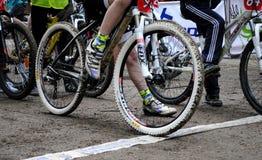 Έναρξη στις έλξεις ποδηλάτων Στοκ φωτογραφία με δικαίωμα ελεύθερης χρήσης