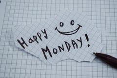 Ένας απλός και κατανοητός τίτλος μιας ευτυχούς Δευτέρας στοκ εικόνες