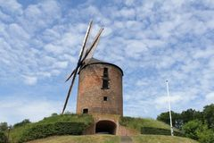 Ένας αρχαίος μύλος σίτου στην Ολλανδία - ένας μύλος πύργων στο zeddam Στοκ Εικόνα