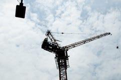 Ένας γερανός κατασκευής Στοκ φωτογραφίες με δικαίωμα ελεύθερης χρήσης