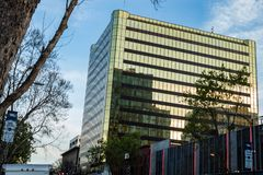 Ένας γύρος των εταιρικών γραφείων στη στο κέντρο της πόλης περιοχή του San Jose στοκ εικόνες