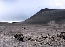 Ένας δευτεροβάθμιος κρατήρας Etna στο ηφαίστειο Στοκ Εικόνα