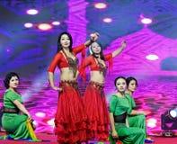 Ένας εμπαθής χορός κορίτσι-κοιλιών της Τουρκίας Στοκ φωτογραφία με δικαίωμα ελεύθερης χρήσης