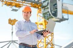 Ένας επιστάτης στην κατασκευή Στοκ εικόνα με δικαίωμα ελεύθερης χρήσης