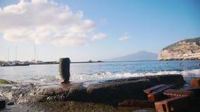 Ένας θαλάσσιος λιμένας σε Σορέντο, Ιταλία απόθεμα βίντεο