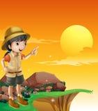 Ένας θηλυκός εξερευνητής που στέκεται κοντά στον απότομο βράχο διανυσματική απεικόνιση