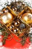Ένας ιδιαίτερος ενός χριστουγεννιάτικου δέντρου με τις διακοσμήσεις Στοκ φωτογραφίες με δικαίωμα ελεύθερης χρήσης