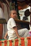 Ένας ινδός προσκυνητής παιδιών. Στοκ Φωτογραφίες