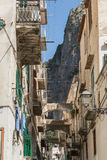 Ένας διπλανός δρόμος σε Positano στην ακτή της Αμάλφης Στοκ Φωτογραφίες