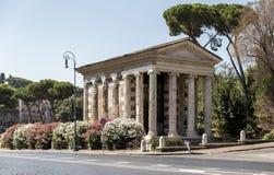 Ένας καλά συντηρημένος ρωμαϊκός ναός, στη Ρώμη Στοκ Φωτογραφία