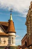 Ένας κώνος του κτηρίου στην παλαιά αγγλική πόλη Στοκ Εικόνες