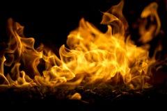 Μακροεντολή κοιλωμάτων πυρκαγιάς οριζόντια Στοκ φωτογραφίες με δικαίωμα ελεύθερης χρήσης