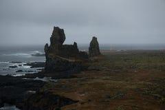 Ένας μεγάλος σχηματισμός βράχου στην Ισλανδία Στοκ φωτογραφίες με δικαίωμα ελεύθερης χρήσης