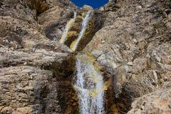 Ένας μικρός ποταμός στα βουνά στοκ εικόνες