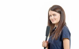 Ένας νέος δημοσιογράφος γυναικών με ένα μικρόφωνο Στοκ Φωτογραφίες