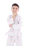 Ένας νέος μαχητής αγοριών στο άσπρο κιμονό Στοκ Εικόνα