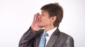 Ένας νεαρός άνδρας κάνει μια δυνατή δήλωση, χειρονομία απόθεμα βίντεο