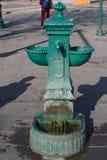 Ένας ορείχαλκος bouvet στο Μιλάνο Πηγή νερού Στοκ φωτογραφία με δικαίωμα ελεύθερης χρήσης