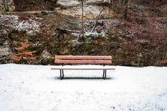 Ένας πάγκος στο χιόνι Στοκ Εικόνες