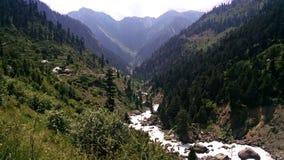 Ένας ποταμός στοκ εικόνα με δικαίωμα ελεύθερης χρήσης