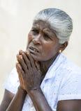 Ένας προσκυνητής στο Mahavihara επί του αρχαίου τόπου Anuradhapura στη Σρι Λάνκα Στοκ φωτογραφία με δικαίωμα ελεύθερης χρήσης