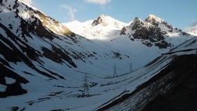 Χιόνι στα βουνά απόθεμα βίντεο