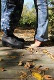Ένας στρατιώτης & η σύζυγός του στοκ εικόνα με δικαίωμα ελεύθερης χρήσης