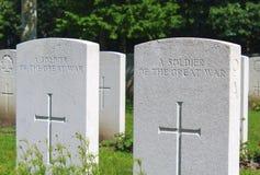 Ένας στρατιώτης του μεγάλου πολεμικού WW1 νεκροταφείου Στοκ Εικόνα