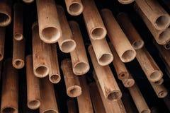 Ένας σωρός του κομμένου ξύλου για την κατασκευή, μίσχος μπαμπού για το ικρίωμα Στοκ φωτογραφίες με δικαίωμα ελεύθερης χρήσης
