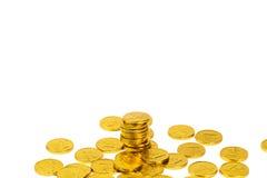 Ένας σωρός των χρυσών νομισμάτων ελεύθερη απεικόνιση δικαιώματος